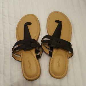 Sandals 👙